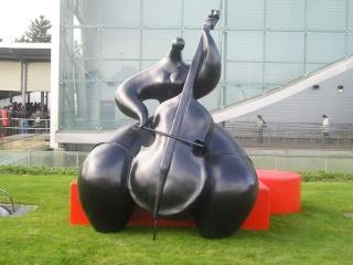 Les œuvres d'art, sculptures de Toutain, land art… - Page 3 P2100713