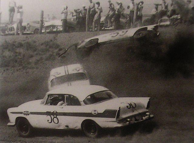 HISTOIRE DE NASCAR - Page 3 Brawl10