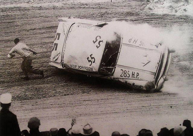 HISTOIRE DE NASCAR - Page 3 Junior11