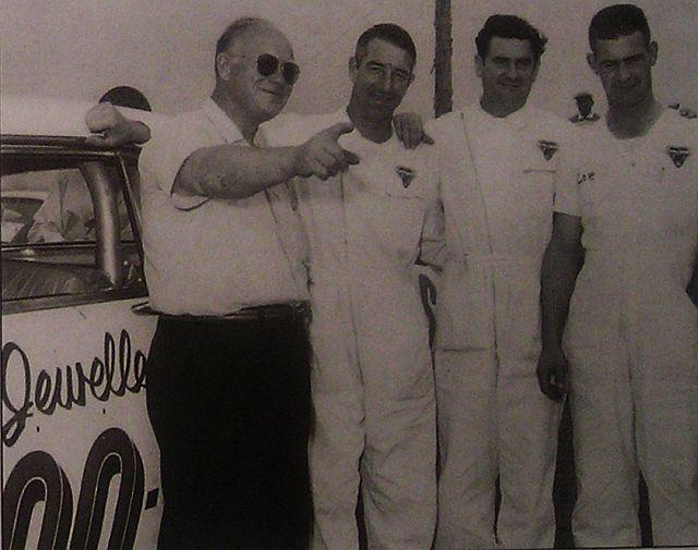 HISTOIRE DE NASCAR - Page 3 Keik1910