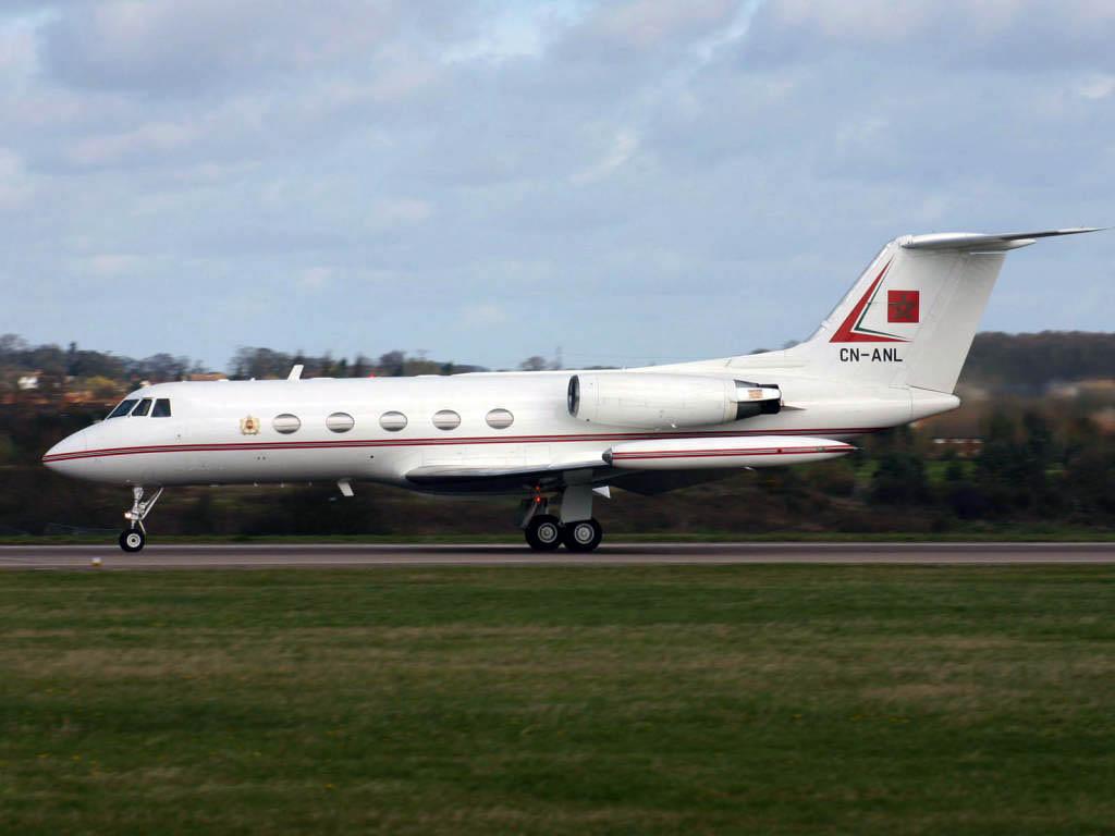FRA: Avions VIP, Liaison & ECM Cn-anl10