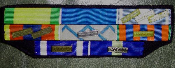 [ Histoire et histoires ] Médailles, insignes et autres Dsc01211
