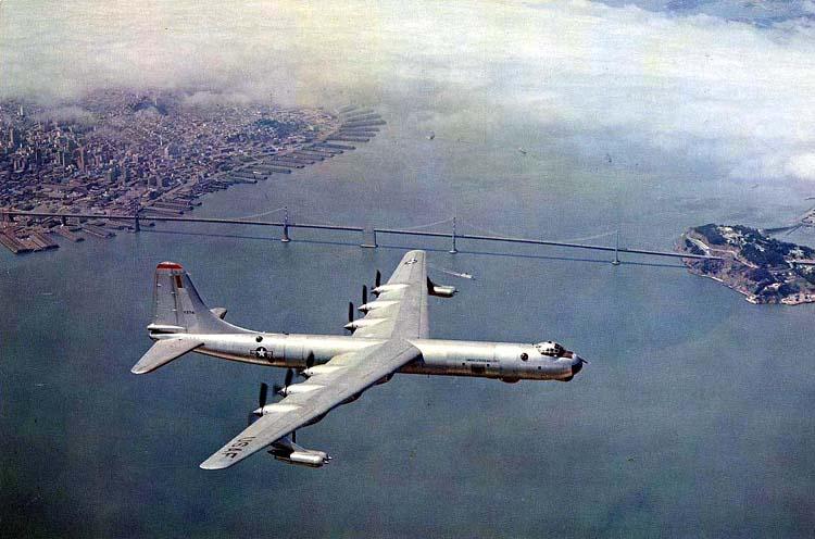 B-36, Musée de la Base aérienne de Castle, Californie, USA Bay20b11