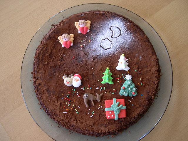 Vos recettes/ trucs pour gâteaux d'anniversaire? Decemb11