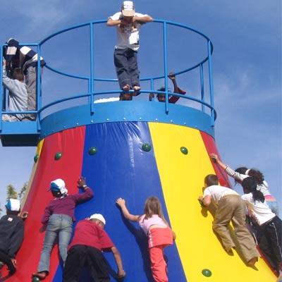 Le Toboggan volcanique (Monde des Enfants 2008-2009) Mini3110
