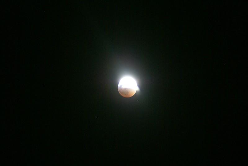 Eclipse de lune : photos Dsc00410
