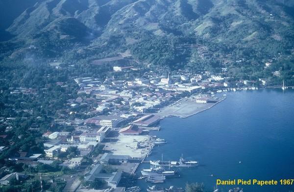 [Campagnes C.E.P.] ATOLL DE HAO - Tome 2 - Page 3 Tahiti20