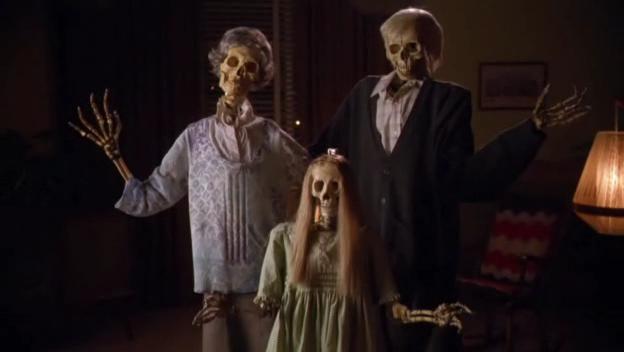 Masters of Horror : Saison 2 (2006, Réalisateurs Multiples) - Page 3 Vlcsna39