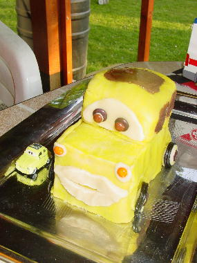 Cars quatre roues : Flash McQueen et ses amis Luigi10