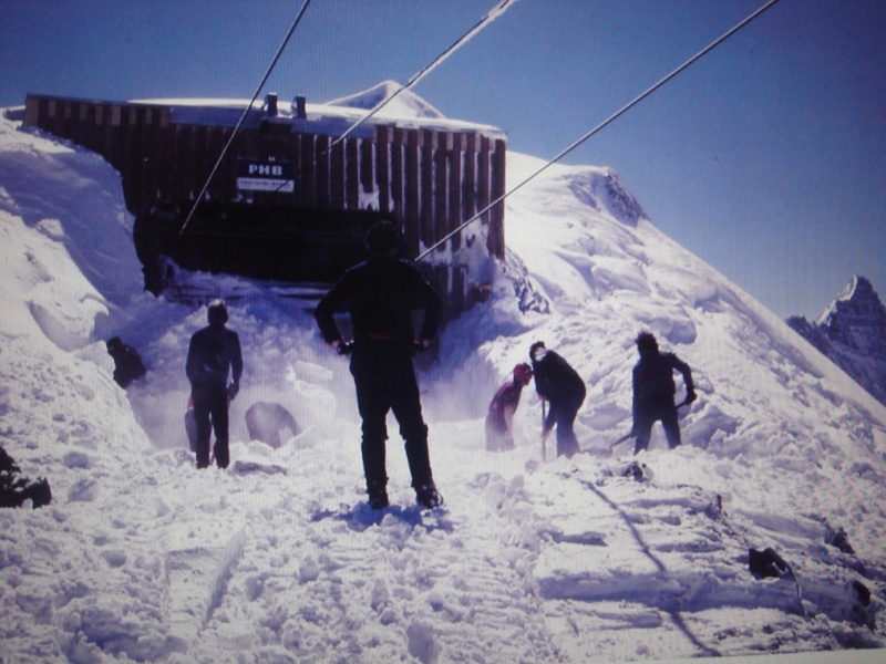 Souvenirs de tempêtes, avalanches et incendies divers 6510