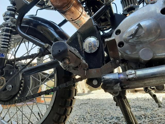 [RESOLU] Déplacer la pédale de frein arrière sur mon bobber+ commande reculée sélecteur tout le déroulé de la modiff....... 20200432