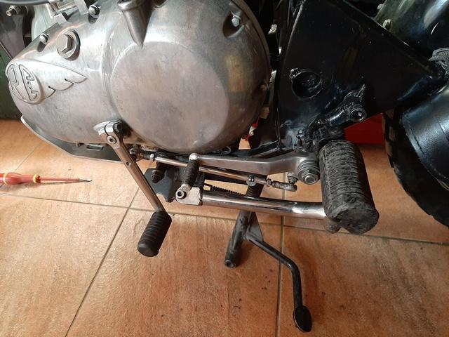 [RESOLU] Déplacer la pédale de frein arrière sur mon bobber+ commande reculée sélecteur tout le déroulé de la modiff....... 20200447