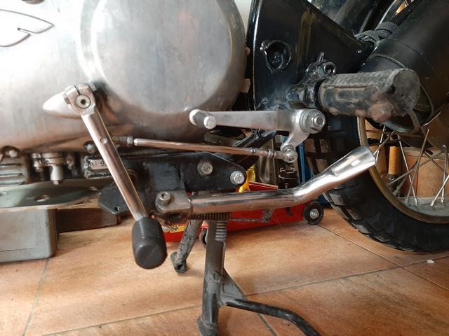 [RESOLU] Déplacer la pédale de frein arrière sur mon bobber+ commande reculée sélecteur tout le déroulé de la modiff....... 20200449