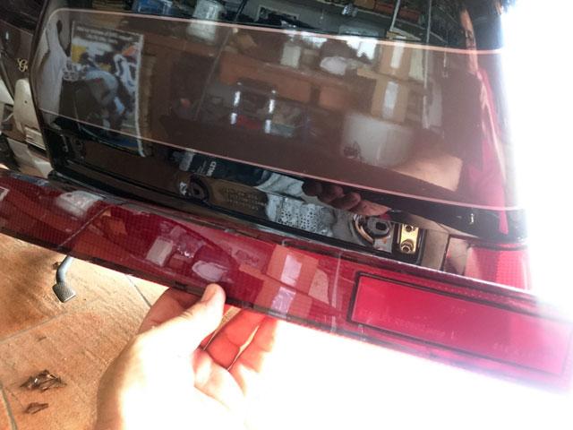 Ou trouver les supports ampoules des lampes de top case???????? Dsc_6729