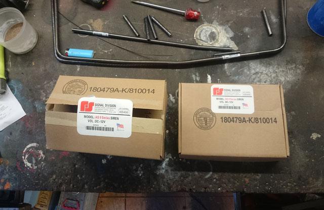 Les modifs sur mon 1500 SE, Leds,remplacement HP page 9, fabrication protections sacoches............... - Page 5 Dsc_7836