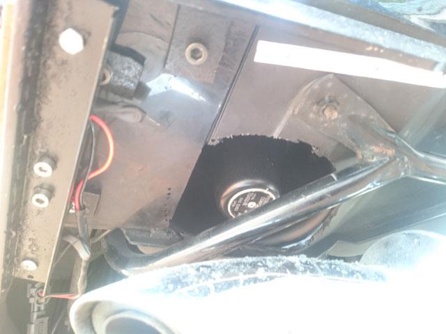 Les modifs sur mon 1500 SE, Leds,remplacement HP page 9, fabrication protections sacoches............... - Page 6 Dsc_7912