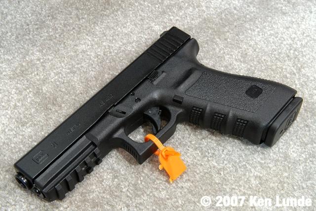 Nouveau Glock 2007, le 21SF. G21sf-10