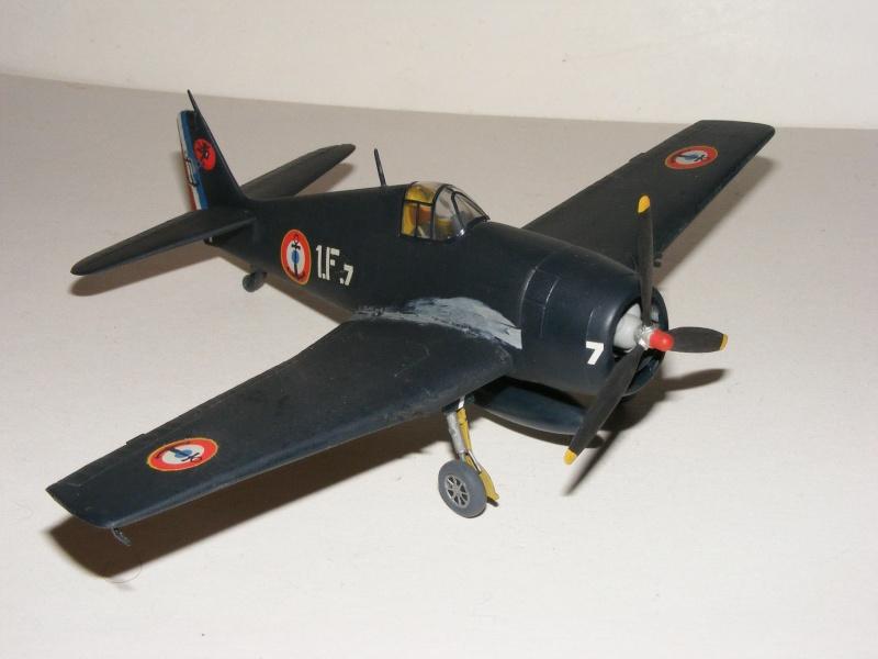 F6F-5 Heller 1/72 2007_049