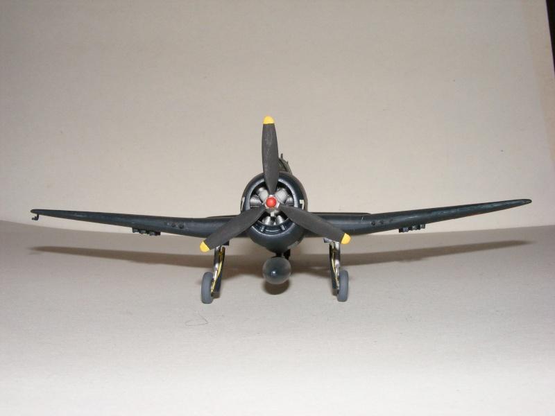 F6F-5 Heller 1/72 2007_051