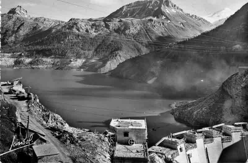 [Tignes] Le barrage de Tignes et les aménagements liés - Page 3 Barrag11