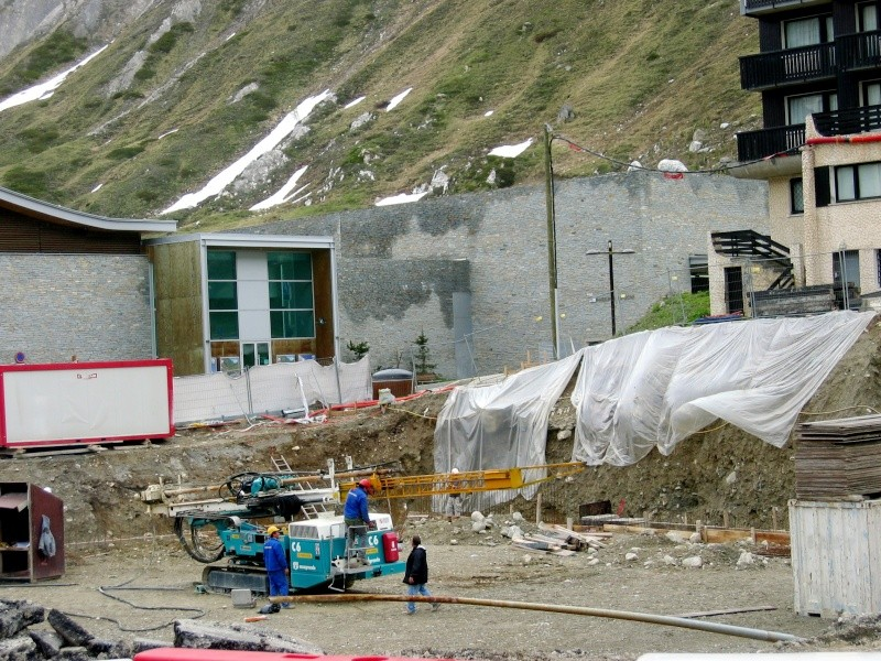 [Tignes]Travaux à Tignes - été 2007 Hotel110