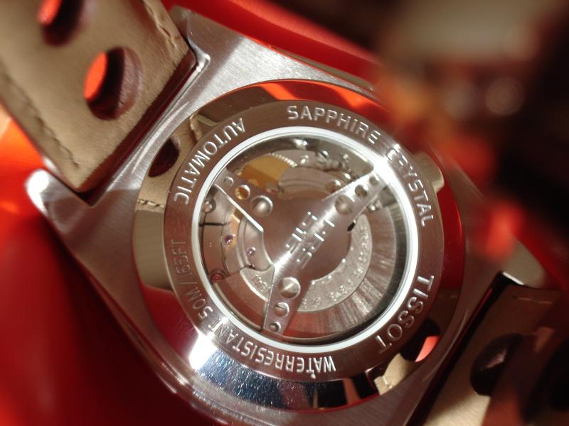 Je cherche une bonne montre mécanique. Tissot11