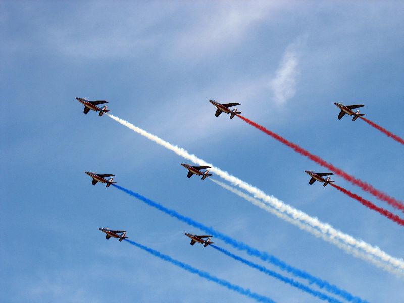 Patrouilles acrobatiques du monde 800px-11