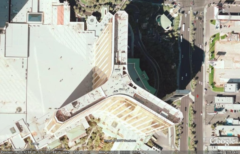 Luxor, Mandalay Bay & MGM Grand à Las Vegas, Nevada - Etats-Unis Mandal10