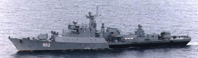 سفن وفرقاطات وغواصات الجزائر :: من تاريخ البحرية الجزائرية 37110