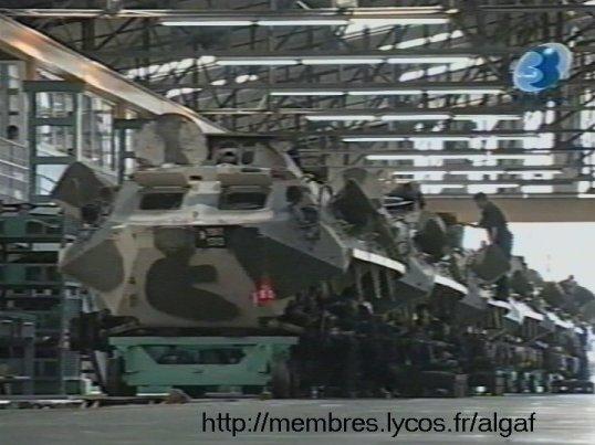 تطور الصناعة الجزائرية العسكرية الثقيلة  بشكل ملحوظ من الشراكة الى الاعتماد الذاتي الكلي . Btr60016