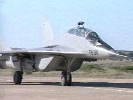 الطائرة المقاتلة الاعتراضية ميغ-29 فالكرم MIG-29 Fulcrum Mig29011