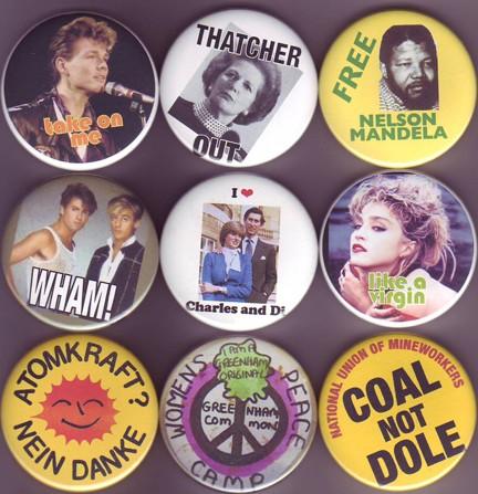 Les objets de notre quotidien 80' - Page 2 Badges10