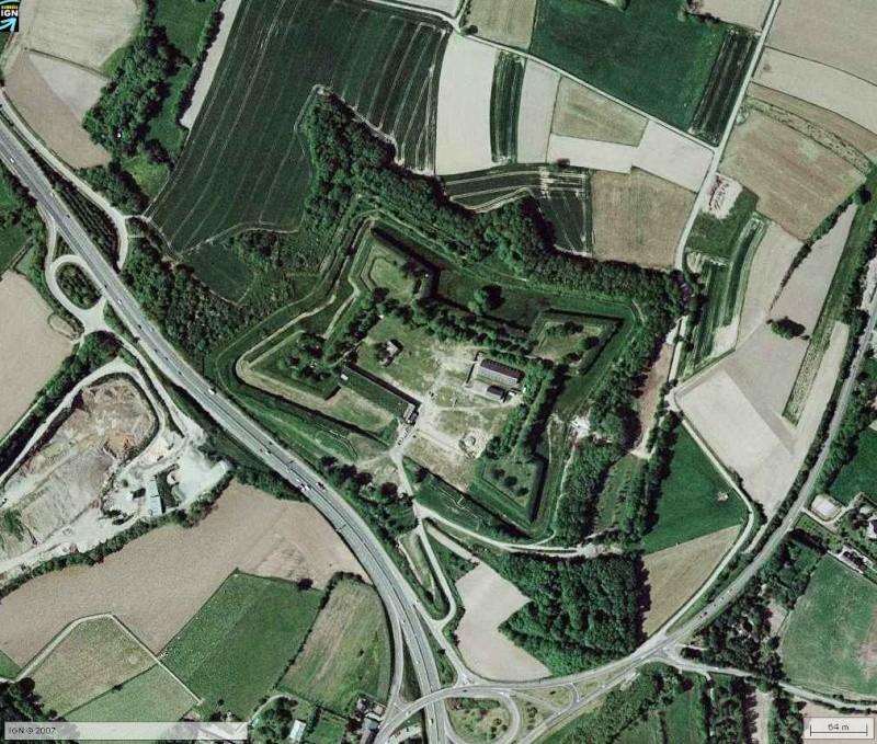 [trouvé par grouk] Fort St Père - St Malo - Route du Rock Defi2-11
