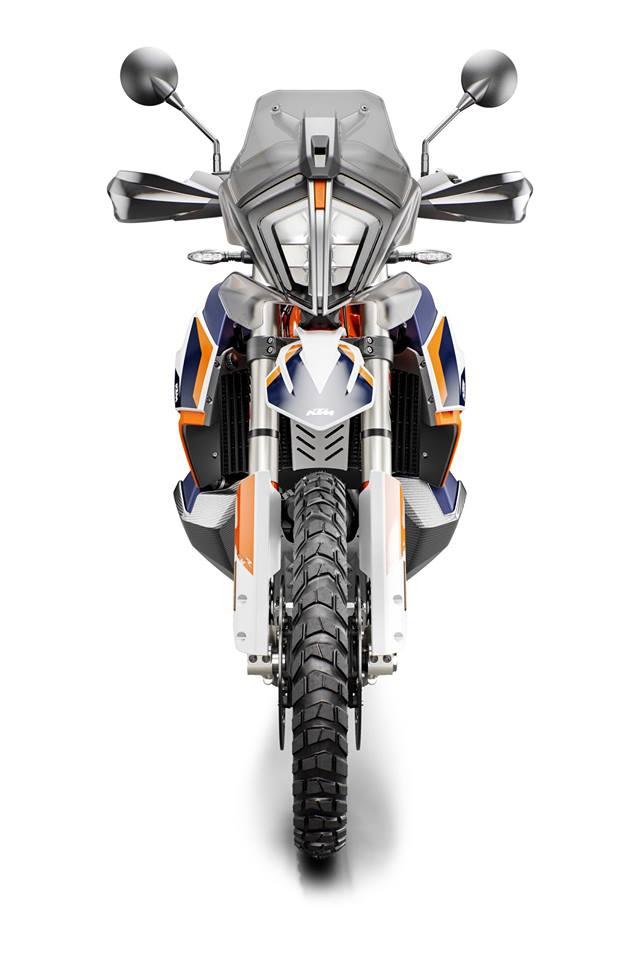 ·  KTM dévoile sa nouvelle 790 ADVENTURE R RALLY  64794210
