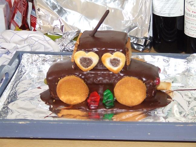 Vos recettes/ trucs pour gâteaux d'anniversaire? - Page 2 Gateau11
