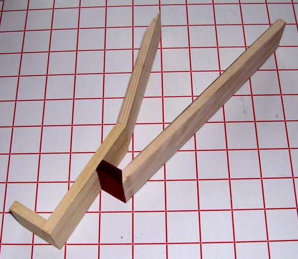 fabrication d'un coffret pour revolver 1510