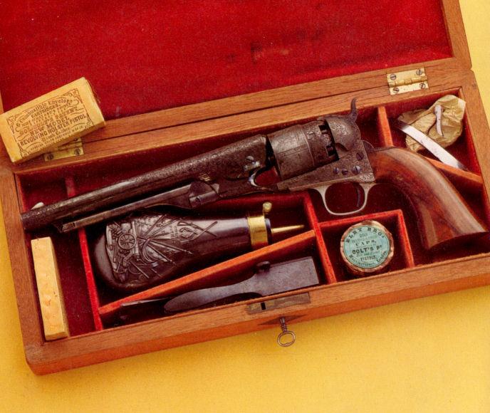 fabrication d'un coffret pour revolver 2010