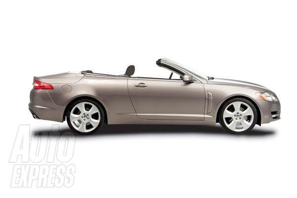 2012 - [Jaguar] XF SportBrake Xfcarp11
