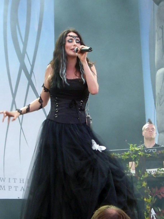 Within Temptation / Métal symphonique - Page 2 18136310