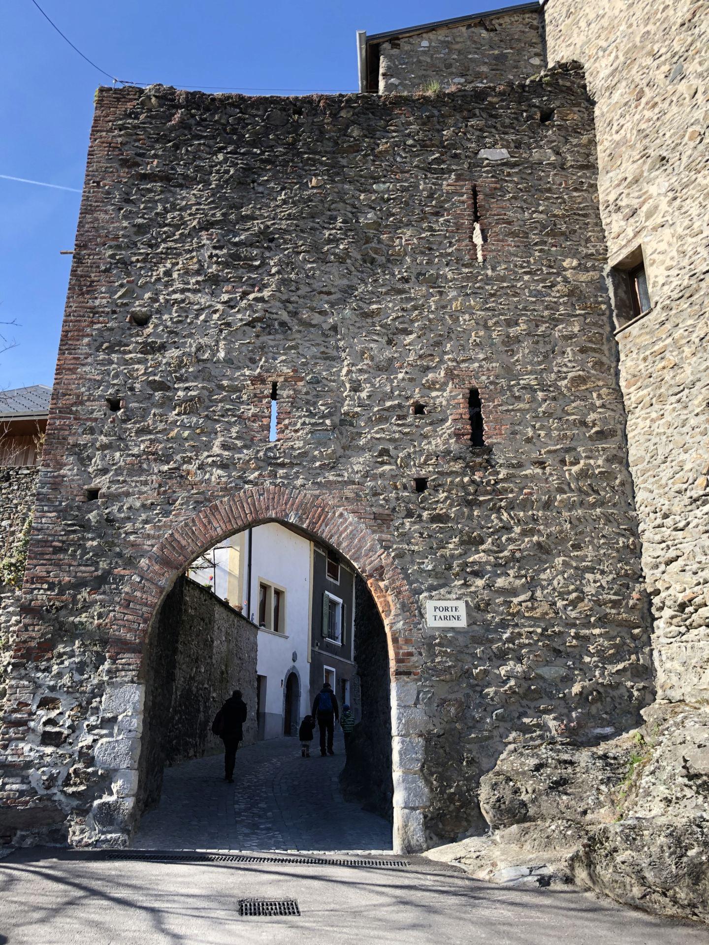 Petites balades en Rhône-Alpes - Page 2 Confla10
