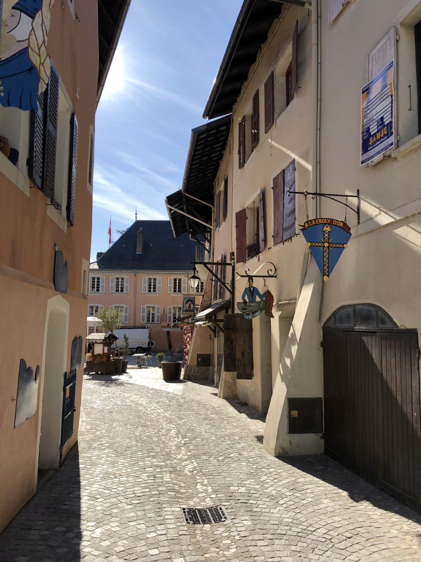 Petites balades en Rhône-Alpes - Page 2 Confla23