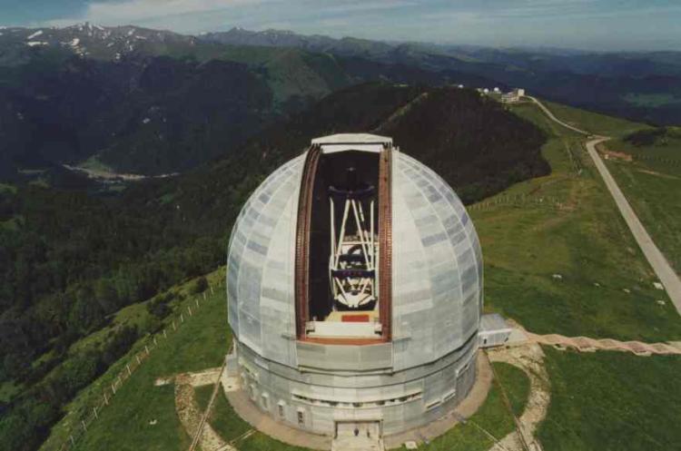 Observatoires astronomiques vus avec Google Earth - Page 3 H5m_bt10