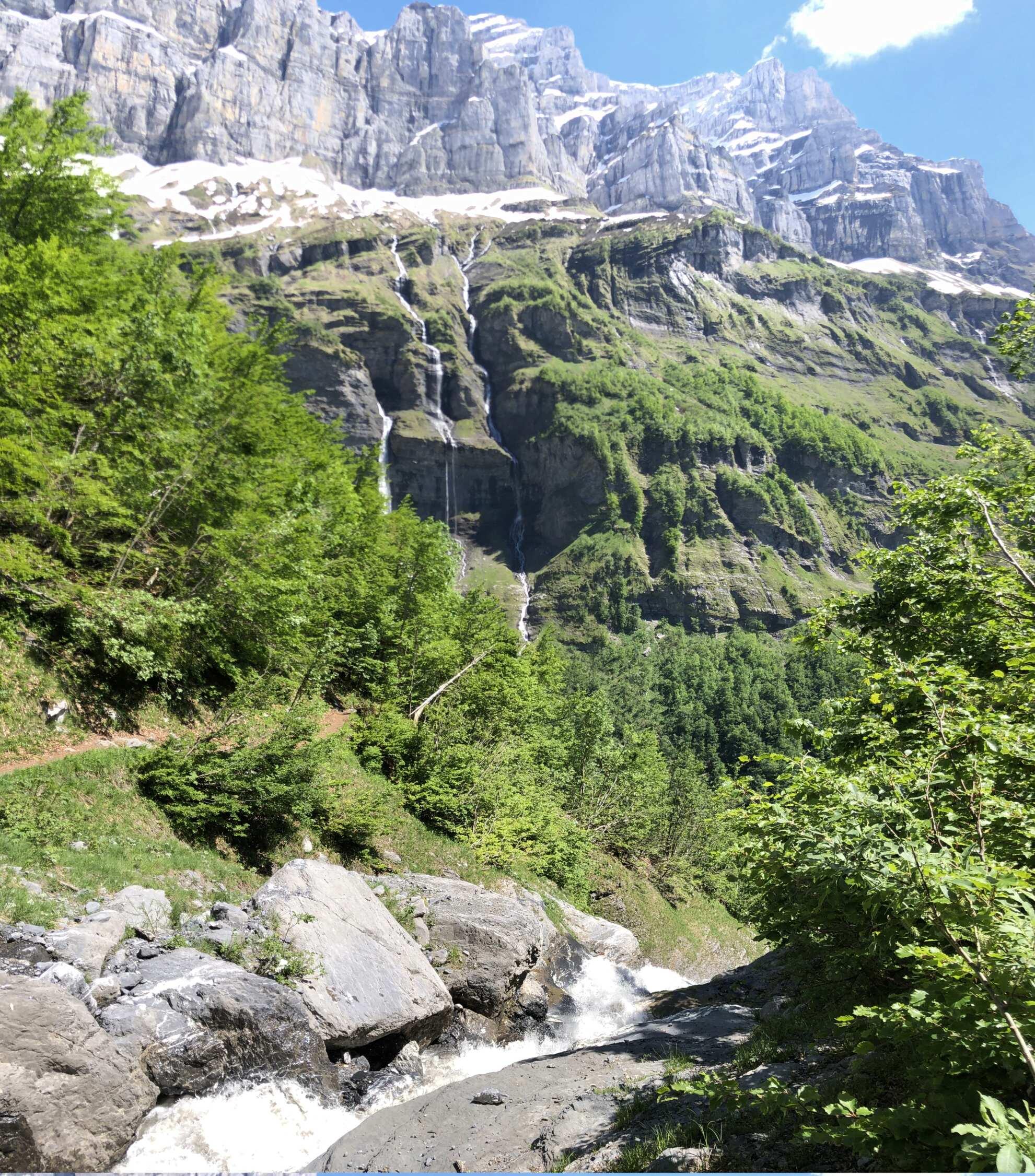 Petites balades en Rhône-Alpes - Page 3 Sixt_f24