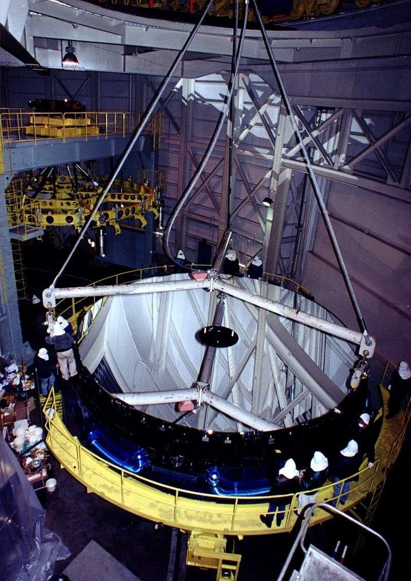 Observatoires astronomiques vus avec Google Earth - Page 10 Telesc13
