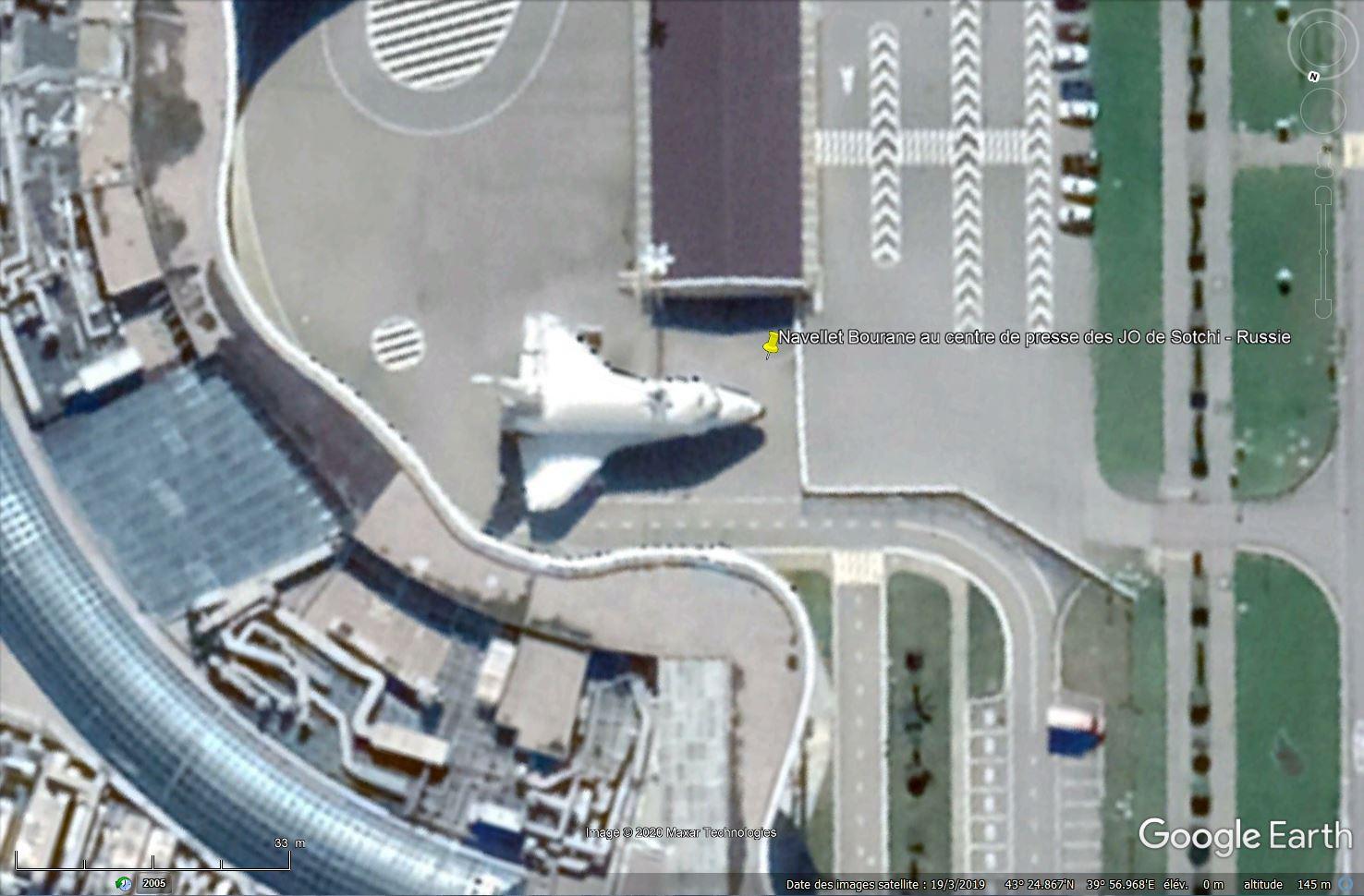 Bourane, la navette russe repérée dans Google Earth - Page 3 Tsge1035