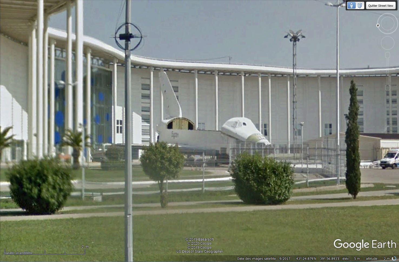 Bourane, la navette russe repérée dans Google Earth - Page 3 Tsge1036