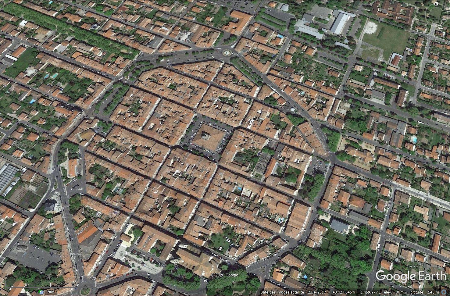 STREET VIEW : halles et marchés couverts - Page 4 Tsge1312