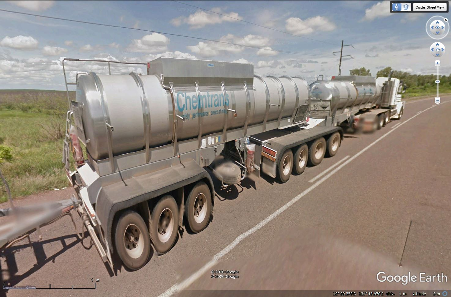 Camions australiens (road trains) - Page 6 Tsge1365