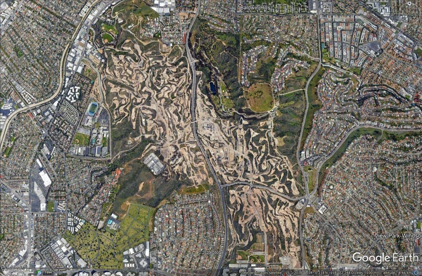 Puits de pétrole à Los Angeles, Californie - USA Tsge1508