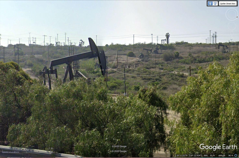 Puits de pétrole à Los Angeles, Californie - USA Tsge1511